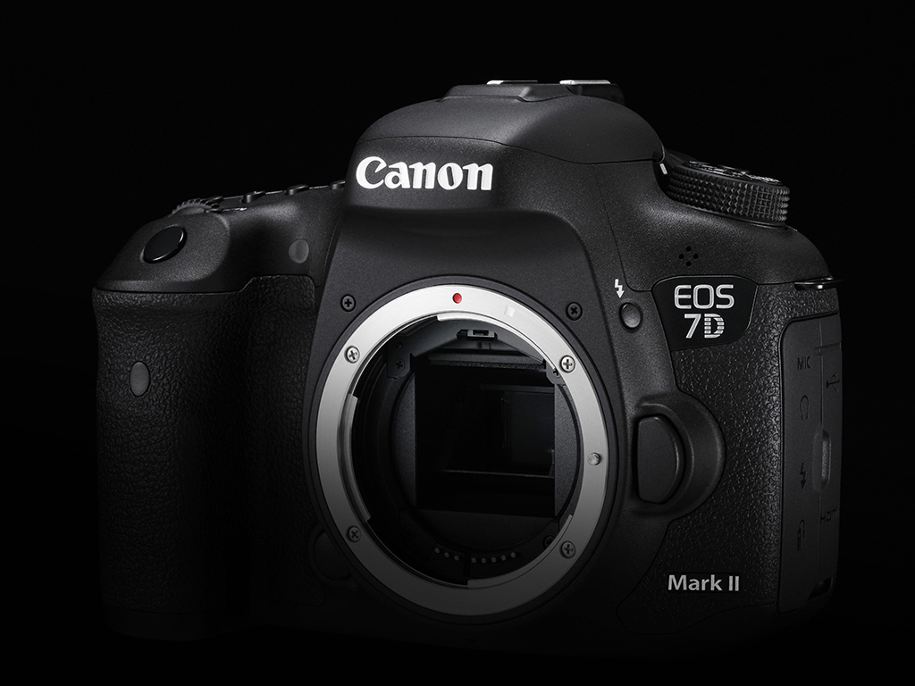 canon eos 7d mark ii hands on plus other canon. Black Bedroom Furniture Sets. Home Design Ideas