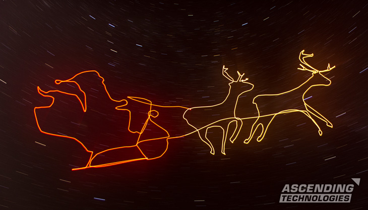drones-light-painting-uav-uas-unmanned-aircraft-system-santa-claus-reindeer