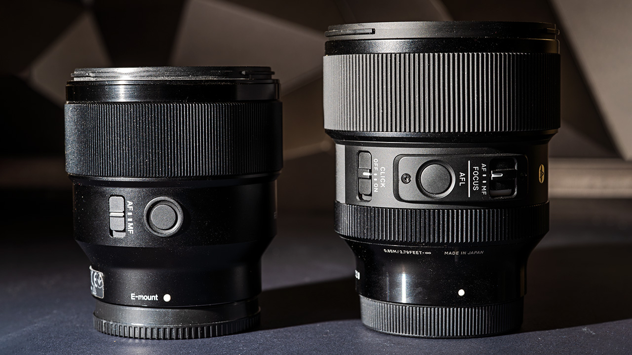The Sigma 85mm f/1.4 DG DN (right) and Sony FE 85mm f/1.8 (left)